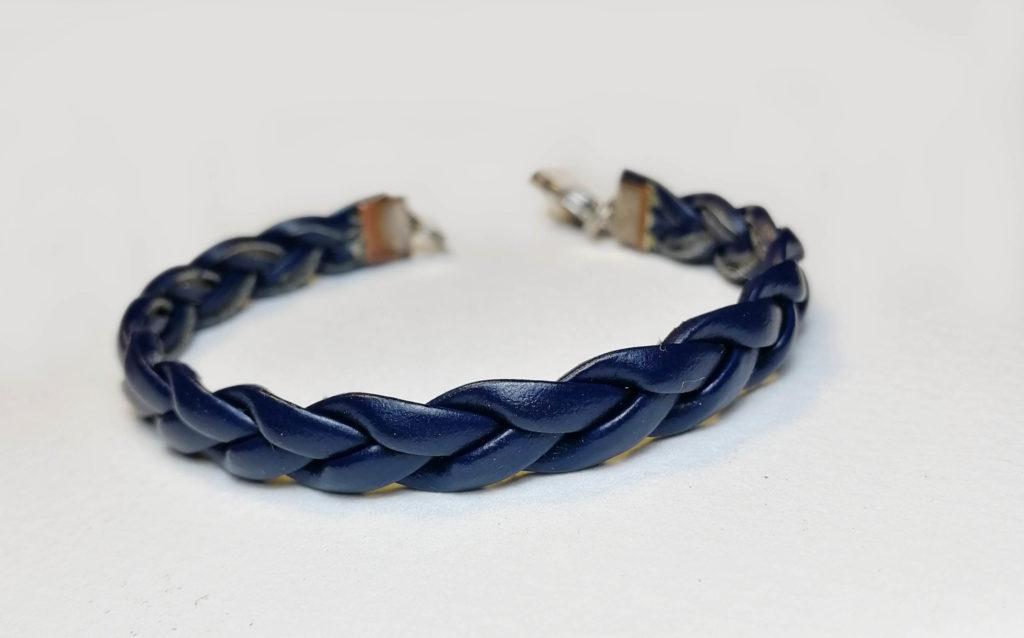fabriquer bracelet en cuir tressé