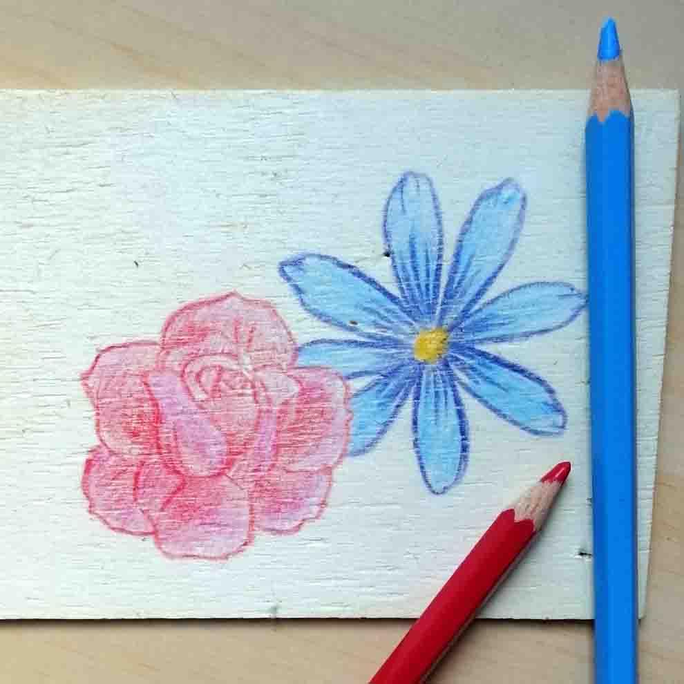 dessiner sur le bois crayons de couleur